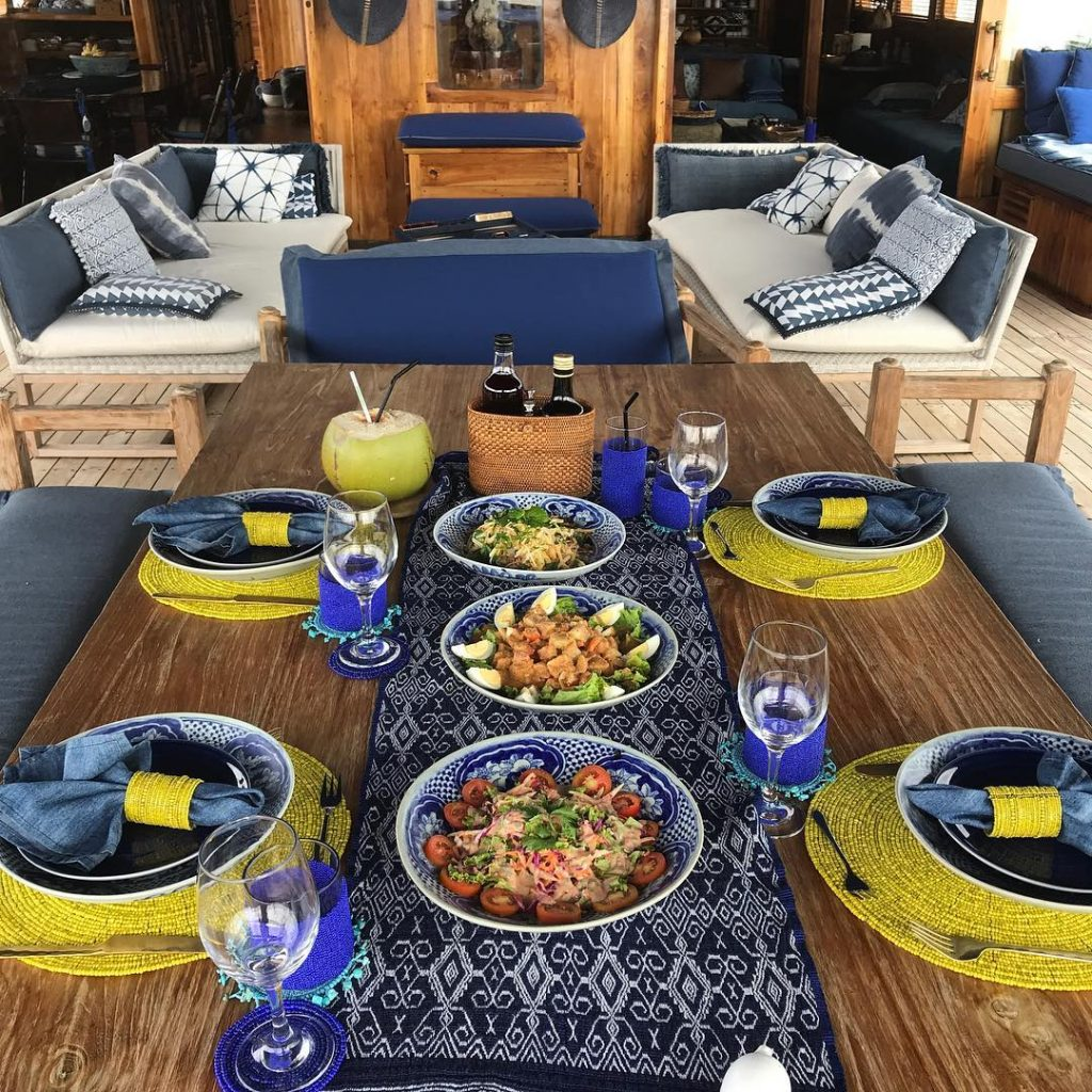 BEST DINNER IDEA AT KOMODO YACHT CHARTER
